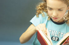 little_girl_reading_book_uid_2
