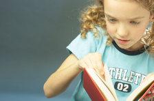 little_girl_reading_book_uid_2